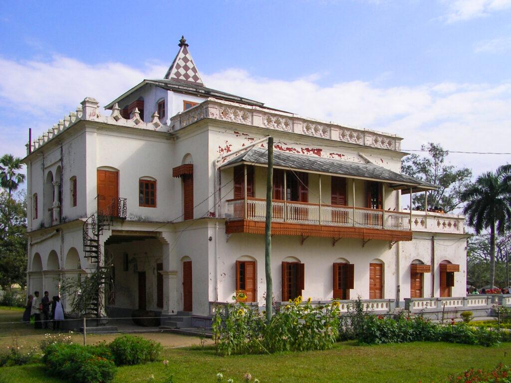 Tagore : Shilaidaha Kuthibadi (Bengali: শিলাইদহ) is a place in Kumarkhali Upazila of Kushtia District in Bangladesh.